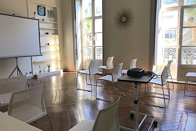 Le Paon Salle Léon en configuation théatre