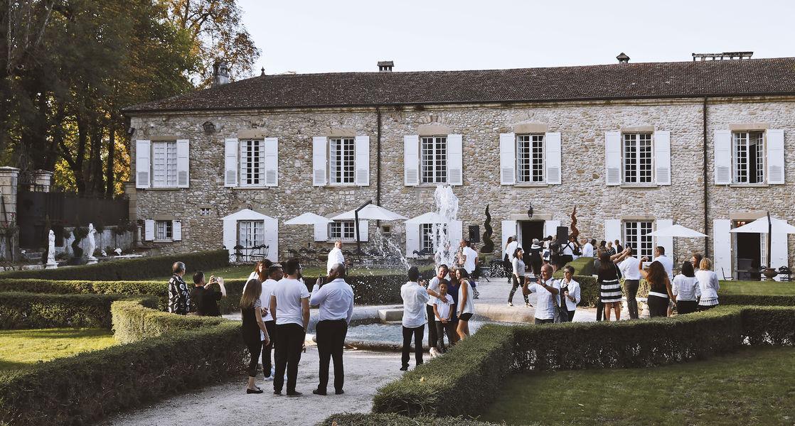 Domaine de la Chartrognière Terrasse, jardins à la française et fontaine