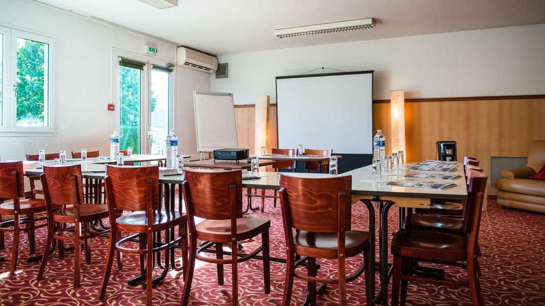 BRIT HOTEL Blois – Le Préma *** Salle de séminaire