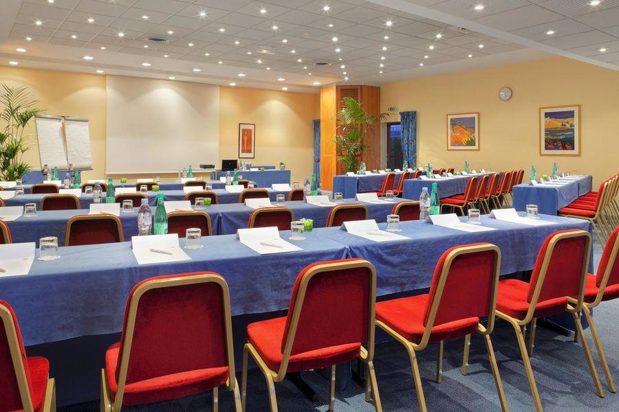 Holiday Inn Touquet Paris-Plage Salle de séminaire