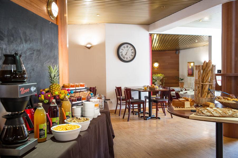 Brit Hotel Angers Parc Expo – L'Acropole *** Petit-déjeuner