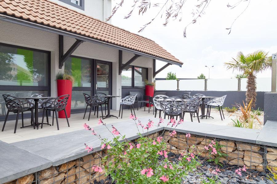 Hôtel KYRIAD*** Niort Terrasse