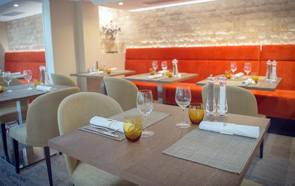 Lou Castelet Restaurant