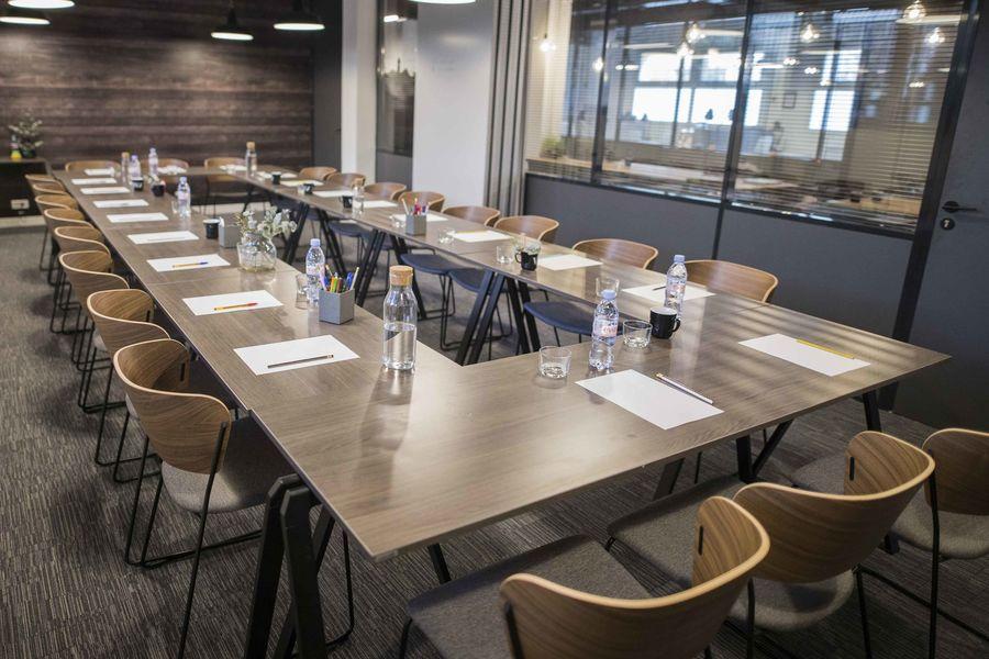 Work & Share Board room