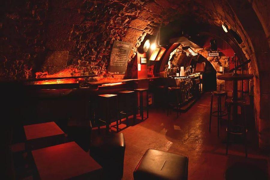 Le Lizard Lounge The Underground ( bar et salle principale)