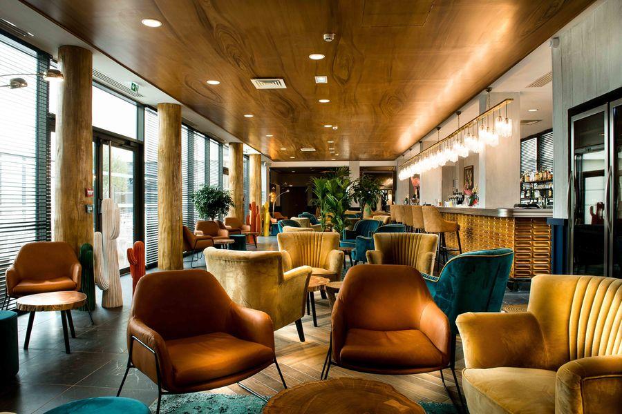 Kopster Hotel Espace Bar