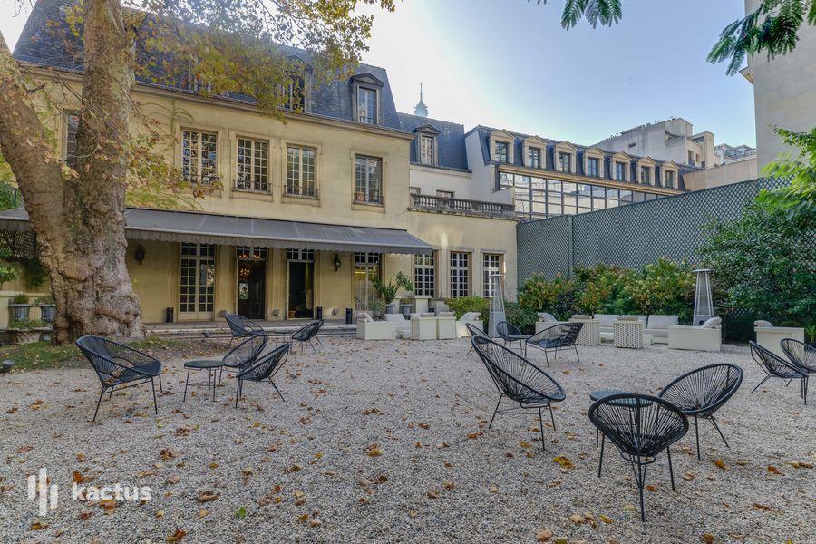 Hôtel Mona Bismarck 25
