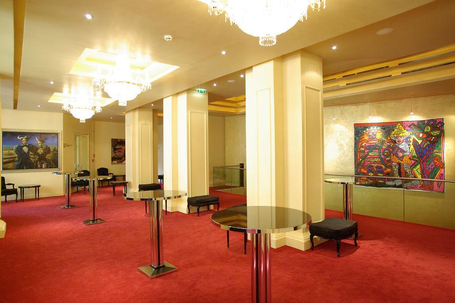 Théâtre Mogador Foyer Opéra (B)