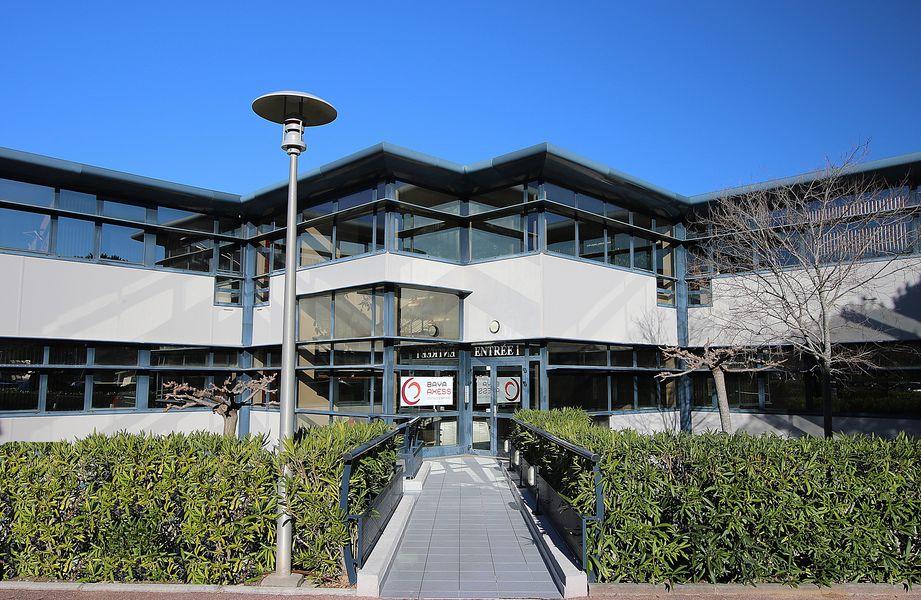 Baya Axess Notre immeuble : Bâtiment 7, entrée 1 au sein du Village d'entreprises Greenside