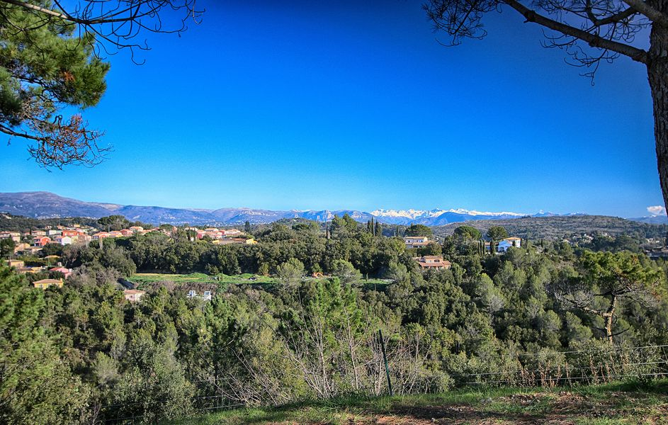 Baya Axess Notre jolie vue sur les montagnes