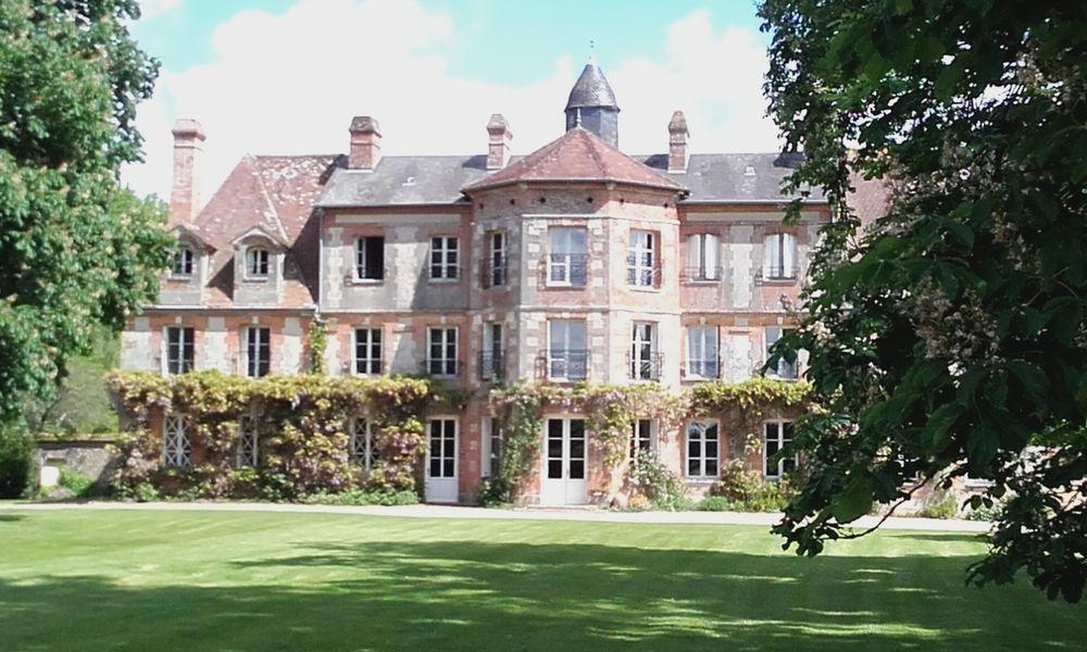 Le Domaine de la Petite Haye Le Château du Domaine de la Petite Haye