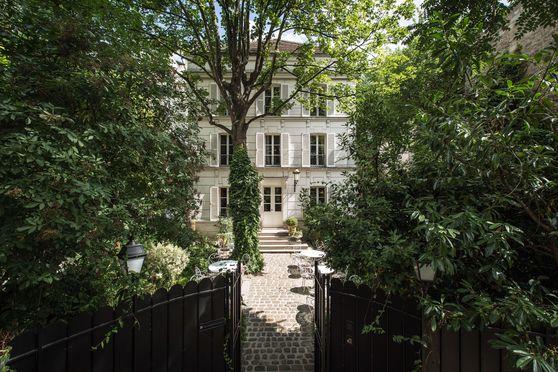 Façade de l'Hotel Particulier Montmartre