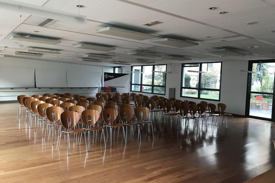 Work Inn Salle de Conférence