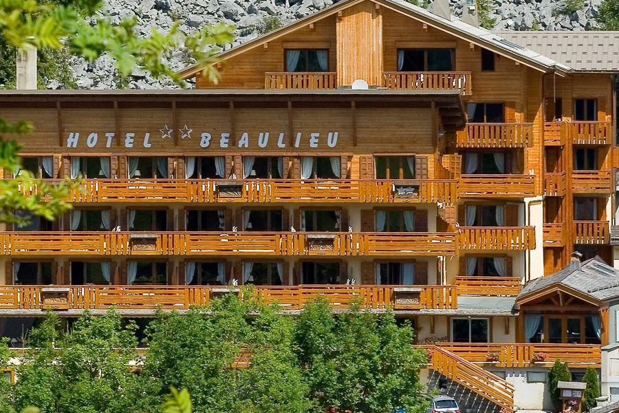 Hôtel Beaulieu ** Façade en été