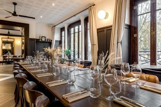 Two Stories - Nola restaurant