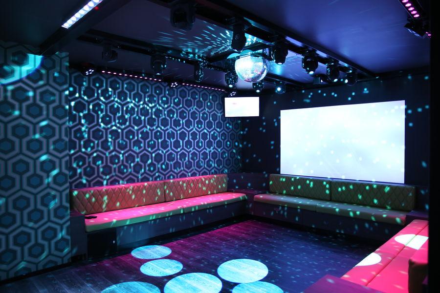 KaraFun Bar Salle de 2 personnes - karaoké ou quiz musical