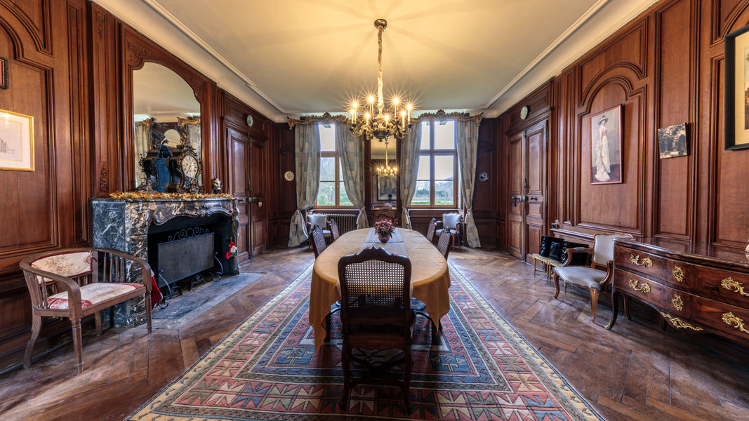 Château de Vitry-la-Ville Salle à manger