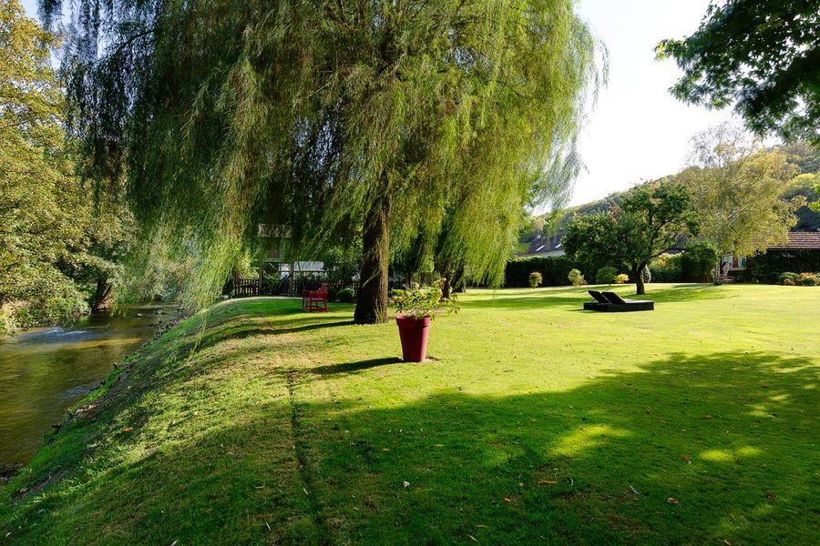 Le Domaine de Géline Jardin extérieur