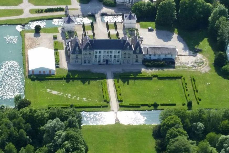 Château de Vitry-la-Ville Vue du Ciel