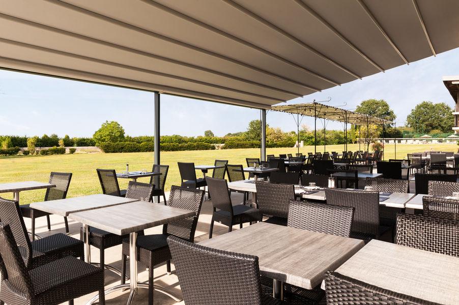 Domaine de Normandoux *** La terrasse de la Table du Normandoux