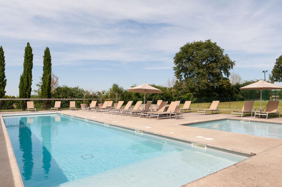 Domaine de Normandoux *** La piscine