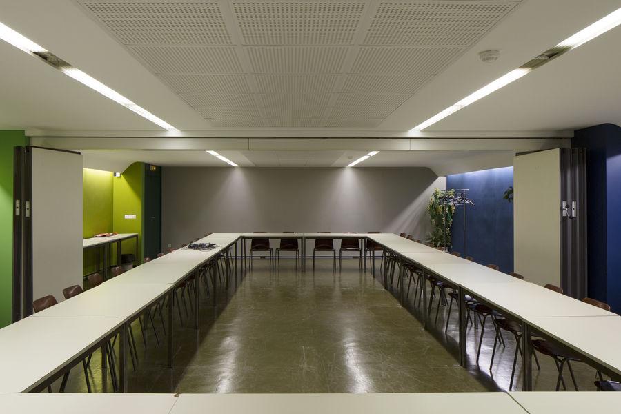 Espace Niemeyer  salle de réunion 100m²