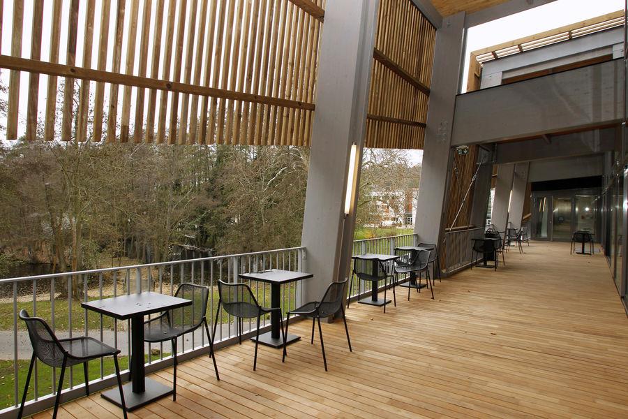 Centre National de Rugby - Marcoussis Terrasse / Espace pauses, détente pour les séminaires