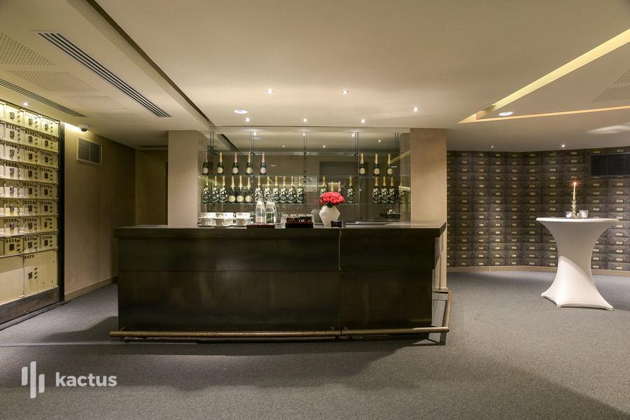 Hôtel Banke ***** - Salle des Coffres  48