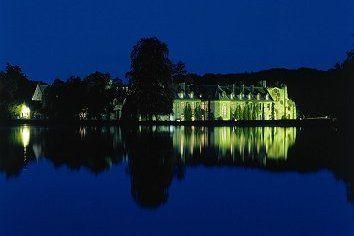 Domaine des Vaux de Cernay Abbaye de nuit