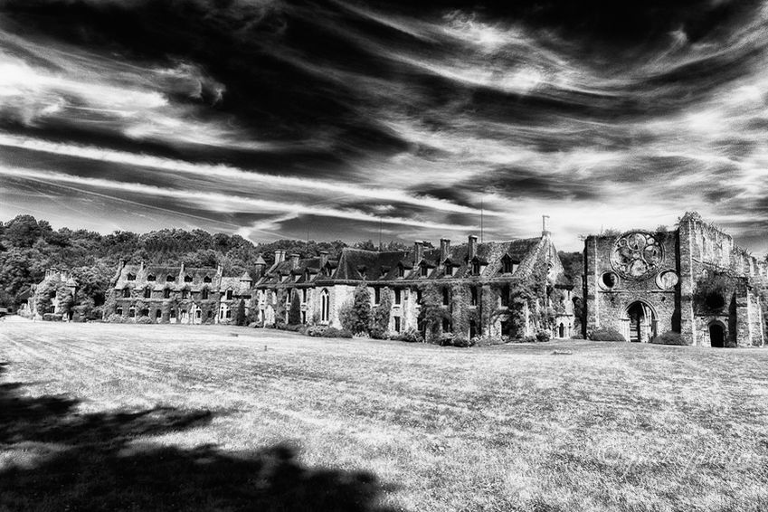 Domaine des Vaux de Cernay Abbaye des Vaux de Cernay