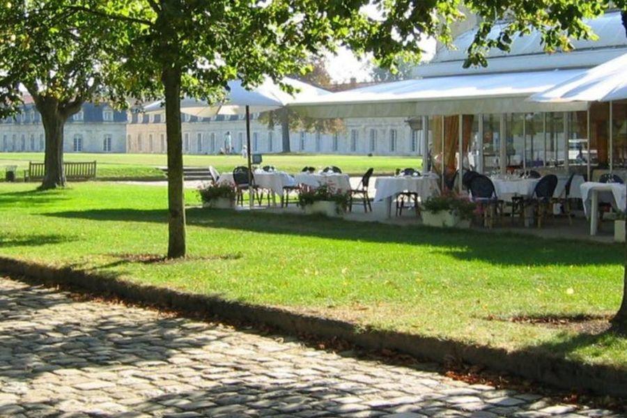 Mercure Rochefort La Corderie Royale Terrasse