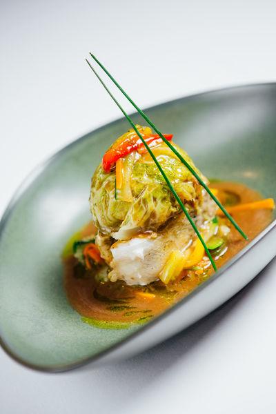 Hôtel Athéna Spa **** Soupe thaï de langoustines au lait de coco parfumé au curry, crème fouettée à l'aneth