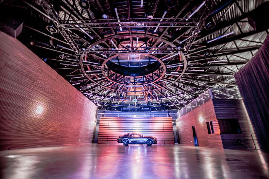 Autodrome de Linas-Montlhéry Pavillon de réceptions LE 1924 : 450 m² de surface exploitable au coeur de l'Autodrome de Linas-Montlhéry pour vos réunions, séminaires.