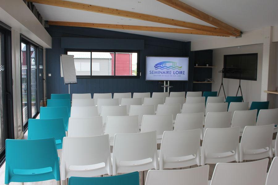 Séminaire Loire Salle en théâtre