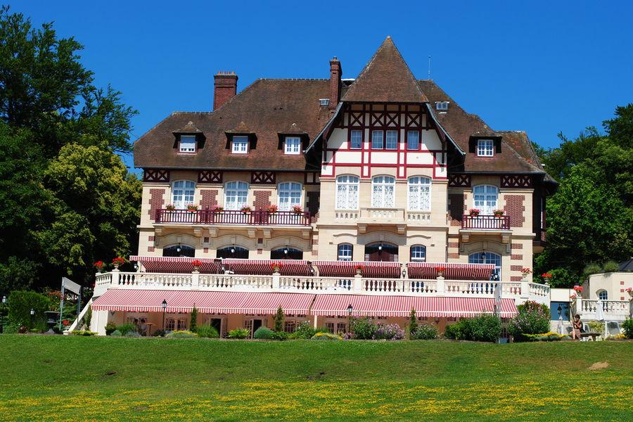 Château de la Tour *** Château de la Tour ***