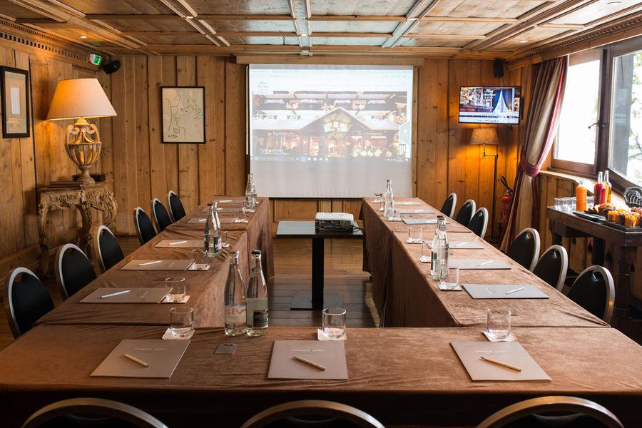 Hôtel Mont Blanc **** Salon Cocteau crédits photos Sophie Molesti