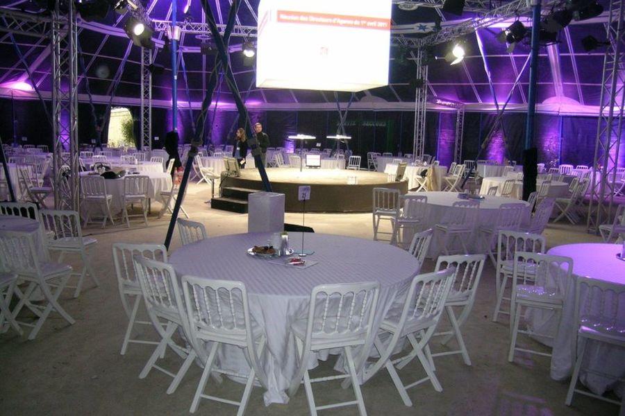 Château de Courtalain tente complémentaire 600 m2 évènementiel