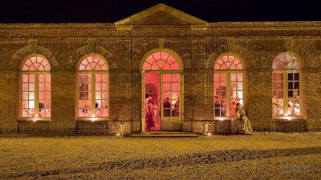 Château de Courtalain orangerie facade de nuit