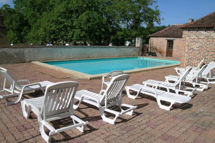 Château de Courtalain la piscine