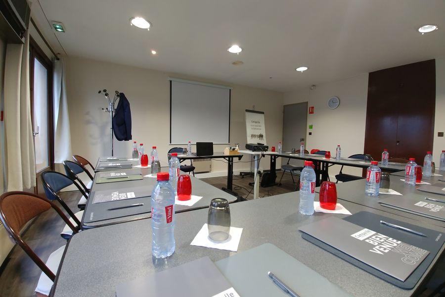 Campanile Lyon Sud-Chasse-sur-Rhône *** Salle de réunion