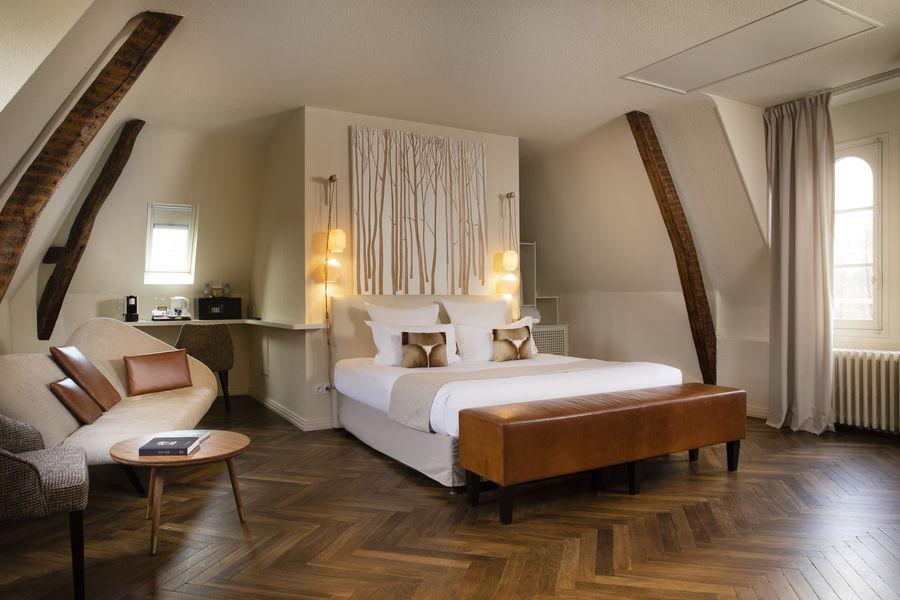 Le Mans Country Club **** Chambre Suite château