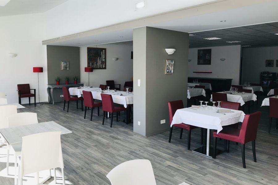 Yes Hôtel Restaurant