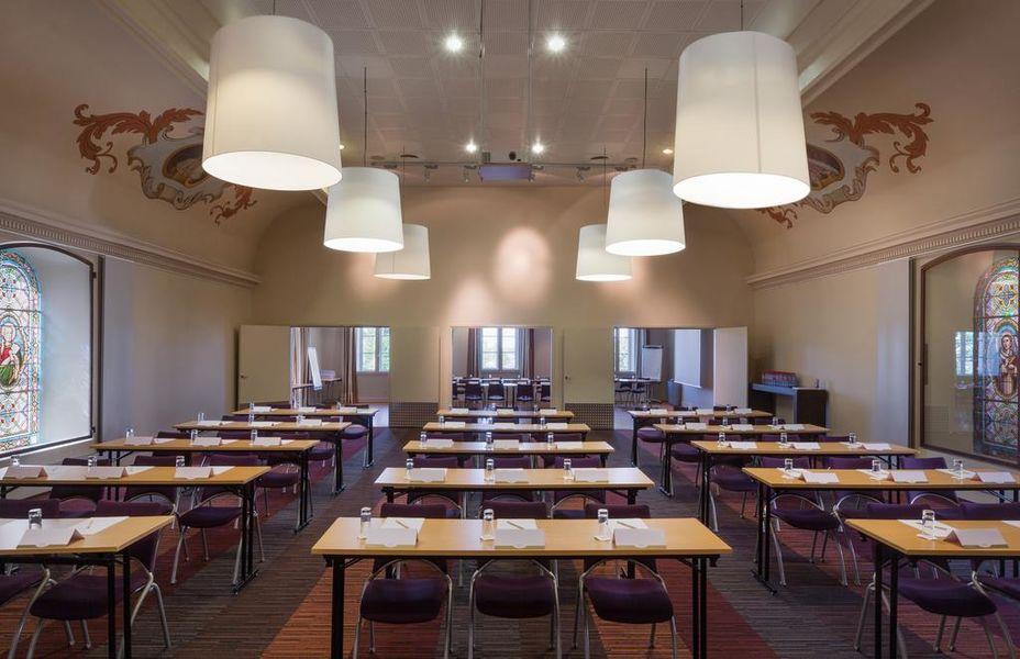 Abbaye des Capucins Spa & Resort Salle de séminaire
