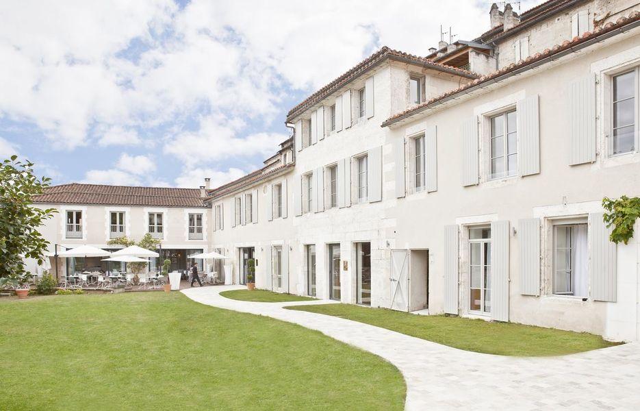 Hôtel Le Saint Gelais **** 1