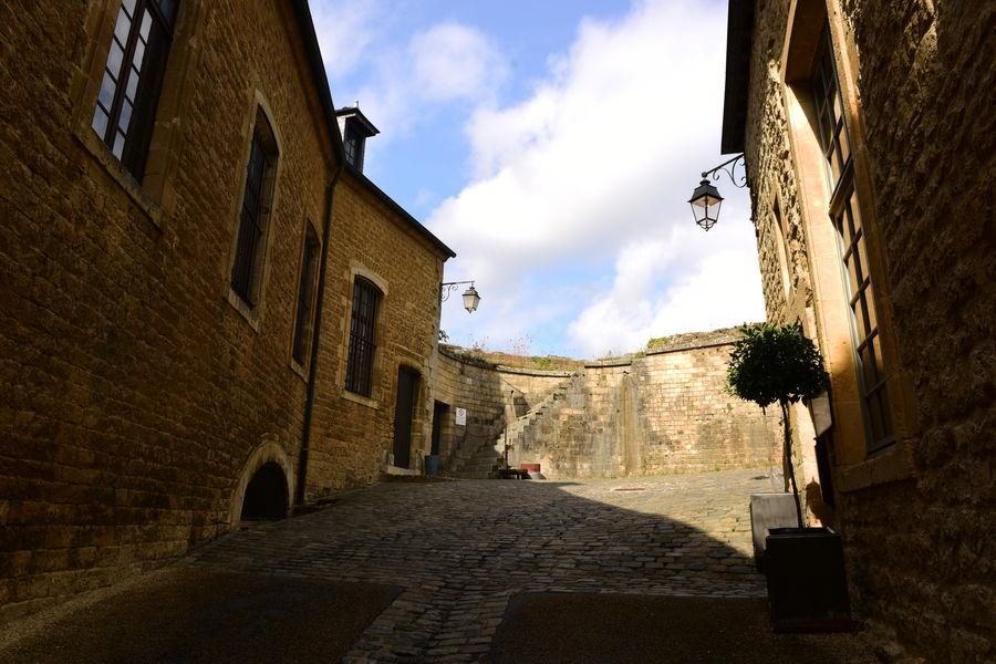 Hôtel Le Château Fort de Sedan **** Chemin de ronde