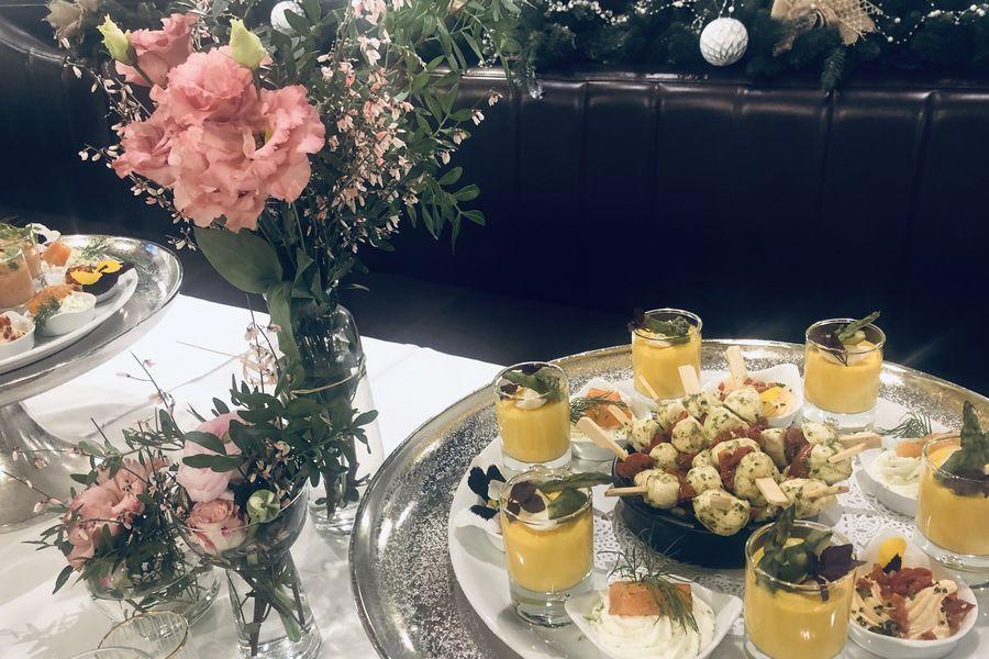 La Mère Catherine Salle Principale / cocktail