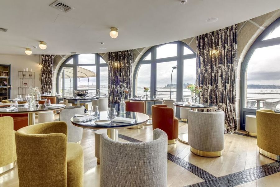 Castelbrac ***** Restaurant