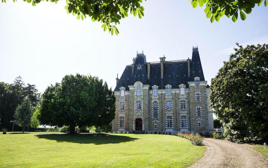 Château de Montbraye Extérieur