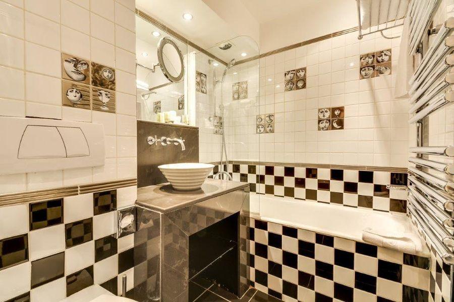 Villa Lutèce Port Royal **** Salle de bain