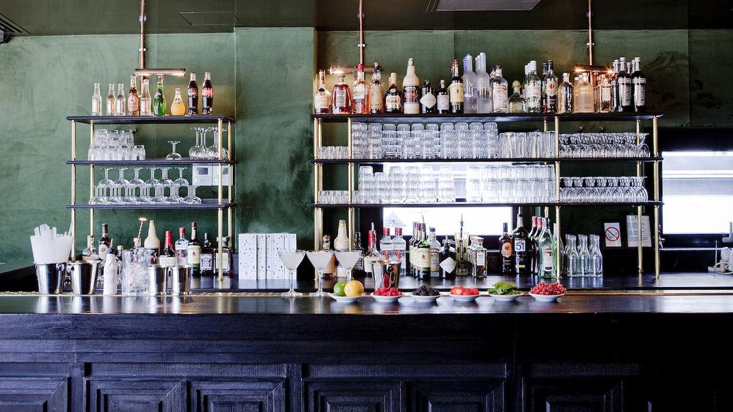 Brasserie Barbès Bar dancing